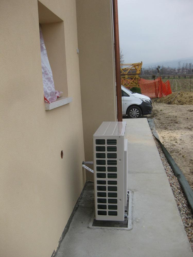 Pompe di calore / climatizzatori a Aviano
